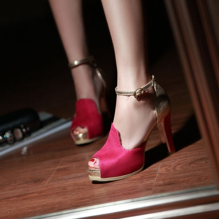 3fb2cdf381d Fashion Chunky High Heel Vintage Ankle Strap Red PU Sandals