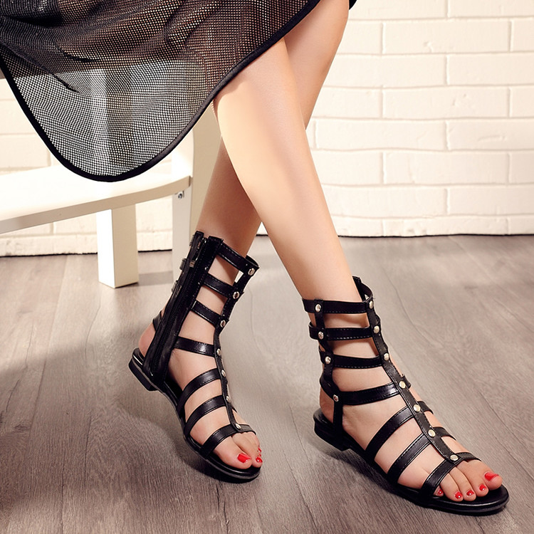Stylish Open-Toe Rivet Decoration Hollow-out Flat Low Heel Black PU Gladiator Sandals