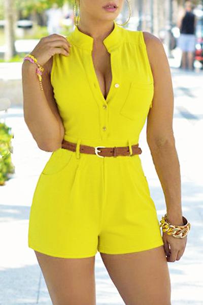 Moda de cuello redondo sin mangas botón de diseño de color amarillo poliéster monos de una sola pieza (con cinturón)