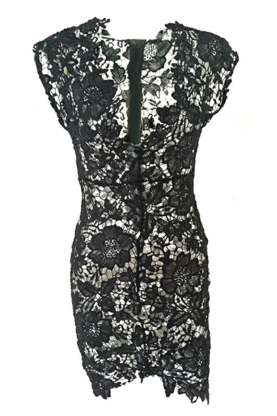 Manga com moldura de pescoço sexy V See-Through bainha de renda preta vestido de comprimento do joelho