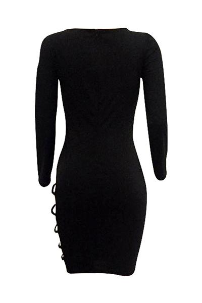 Sexy mangas largas ahuecada hacia fuera negro twilled satinado vestido de longitud de la rodilla vaina