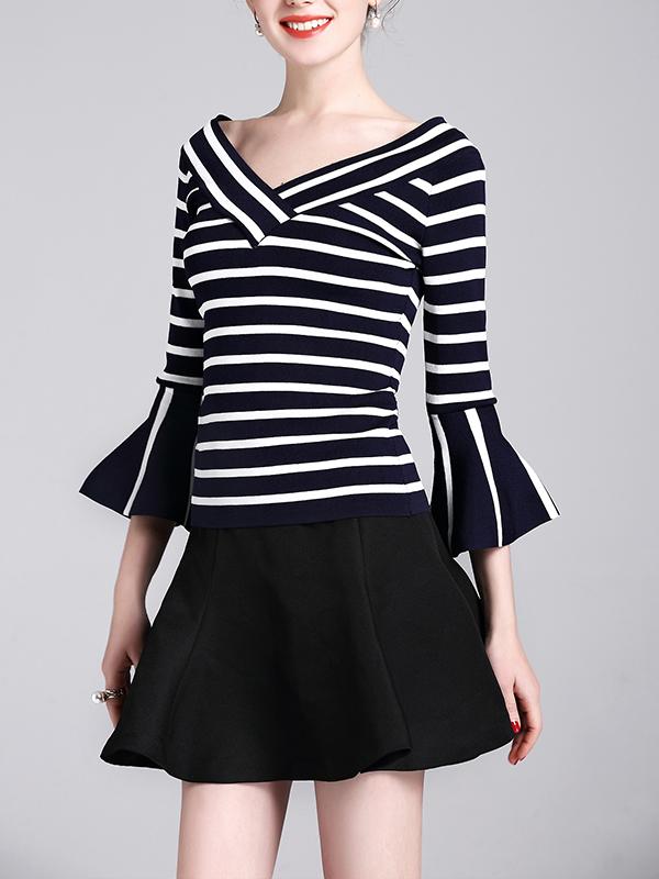 schwarz wei gestreifte nylonbluse bluse sweaters. Black Bedroom Furniture Sets. Home Design Ideas