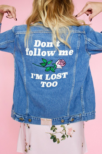 Trendy Turndown Collar Long Sleeves Embroidered Design Blue Denim Coat