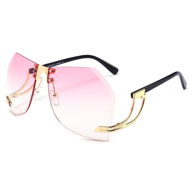 Модные розовые пластиковые солнцезащитные очки