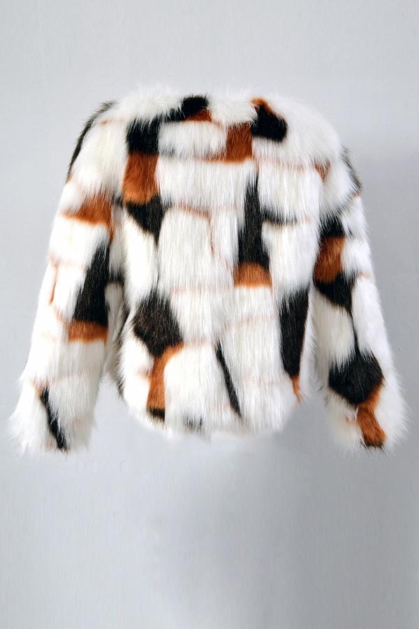 Escudo Euramerican con cuello en V de piel