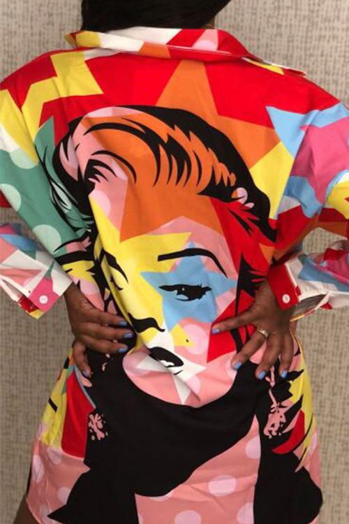 Lässiger Umlegekragen Unregelmäßiges Designporträt Gedrucktes Polyester-Minikleid