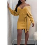 Sexy Decote De Pérola Sem Perna Decoração De Poliéster Amarelo Mini Vestido Bodycon (com Cinto)