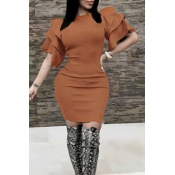 Sexy Round Neck Ruffle Sleeves Brown Polyester Knee Length Dress