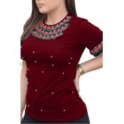 Encantador Cuello Redondo Casual Manga Corta Perlas Decoración Vino Rojo Camiseta De Algodón
