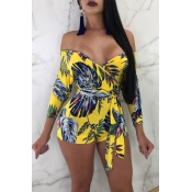 Lovely Sexy V Neck Printing Yellow Cotton Blends One-piece Short Jumpsuits(With Belt)