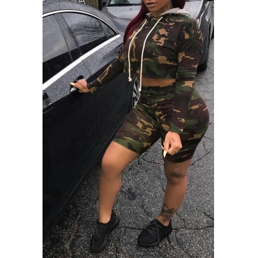 Lovely Sexy Hooded Collar Camouflage Cotton Blends Two-piece Shorts Set