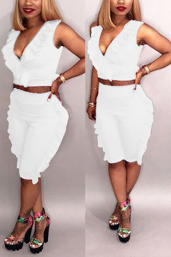 Lovely Casual V Neck Ruffle White Twilled Satin Two-piece Shorts Set