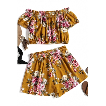 Lovely Euramerican Dew Shoulder Printed Yellow Cotton Two-piece Shorts Set