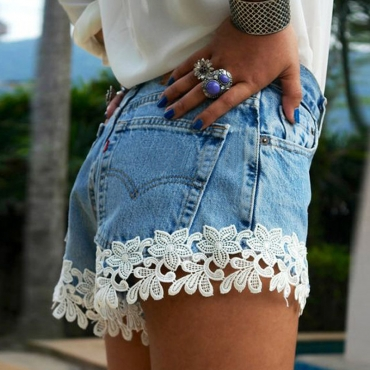 Lovely  Casual  Lace Spliced White  Shorts
