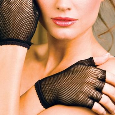 Lovely Euramerican Fishnet Black Lace Gloves