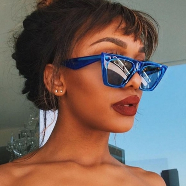 Lovely Chic Blue PC Sunglasses
