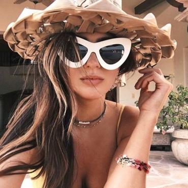 Lovely Chic Cat s Eye Frame Design White  PC Sunglasses
