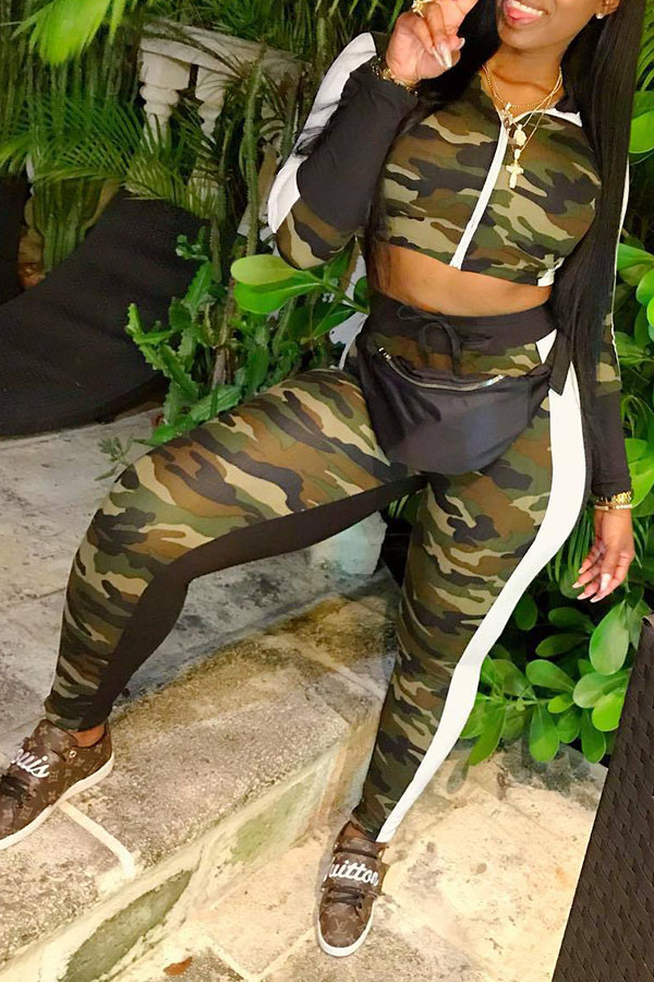 Lovely Casual Hooded Collar Camouflage Twilled Satin Two-piece Pants Set