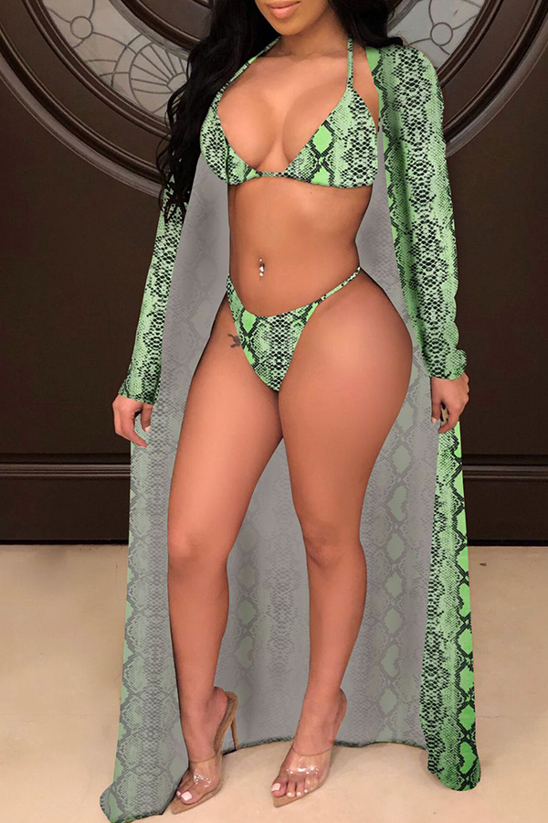 Lovely Sexy Spaghetti Strap Green Two-piece Swimwear(With Cover-up)