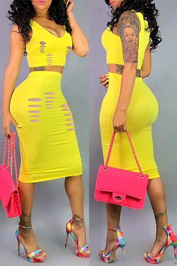 Lovely Sexy U Neck Hollow-out Yellow Two-piece Skirt Set