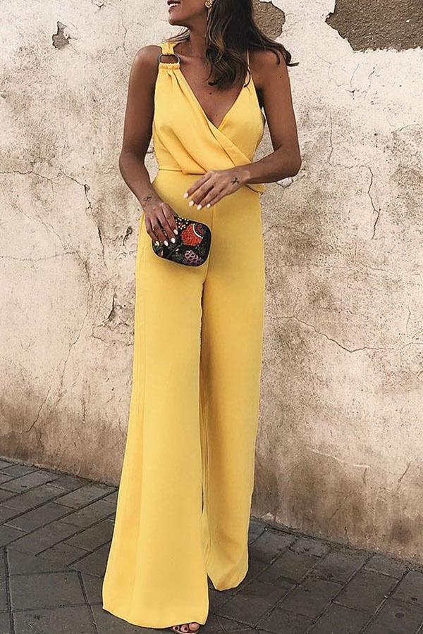 Lovely Chic V Neck Yellow Loose One-piece Jumpsuit