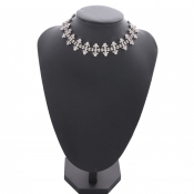 Lovely Stylish Rhinestone Decoration Silver Necklace