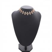 Lovely Stylish Rhinestone Decoration Gold Necklace