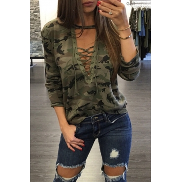 Lovely Casual Camouflage Printed Lace-up Hollow-out Green T-shirt