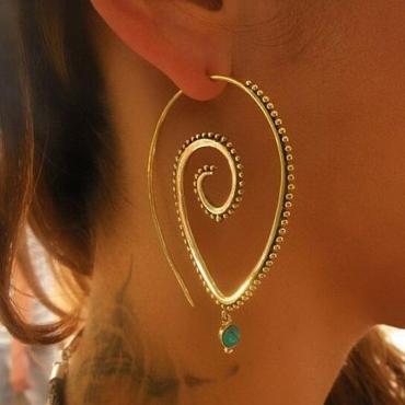 Lovely Stylish Rhinestone Decoration Gold Earring