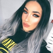 Lovely Trendy Natural Looking Long Wavy Grey Wigs