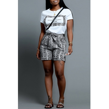 Lovely Casual O Neck Snakeskin Pattern Printed Apricot Two-piece Shorts Set