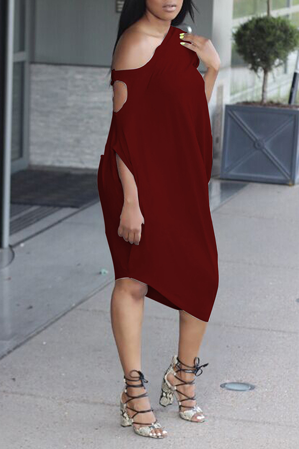 Lovely Casual One Shoulder Hollow-out Purplish Red Dress