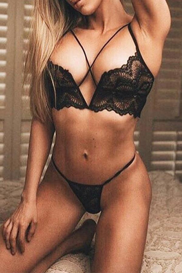 Lovely Sexy Skinny Black Bra Sets