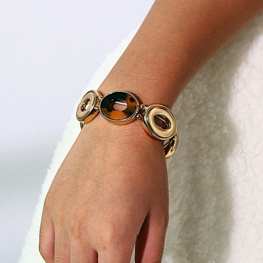 Lovely Leisure Gold Bracelet