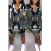 Lovely Casual Hooded Collar Printed Green  Mini Dr