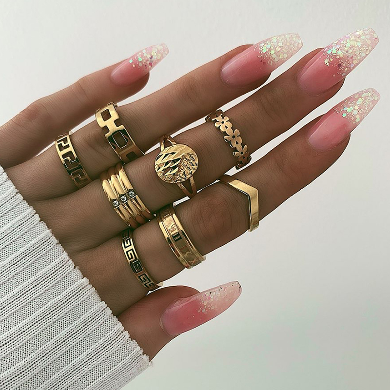 Lovely Trendy 8-piece Gold Metal Ring