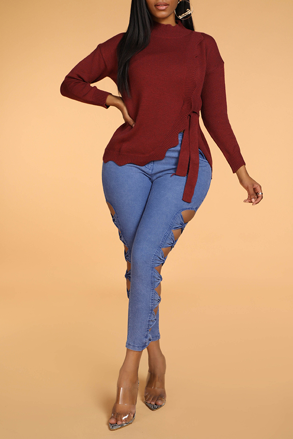 Lovely Sweet Knot Design Red Sweater