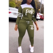 Lovely Casual Hooded Collar Letter Army Green Two-