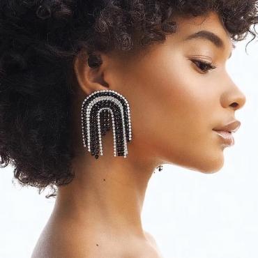 Lovely Casual White Earring
