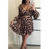 Lovely Trendy V Neck Print Black Mini Dress
