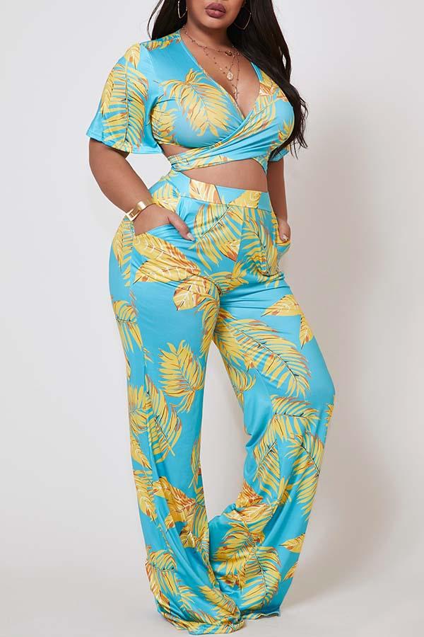 Lovely Bohemian Print Baby Blue Plus Size Two-piece Pants Set