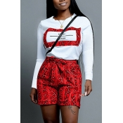 Lovely Casual Snakeskin Print Red Two-piece Shorts