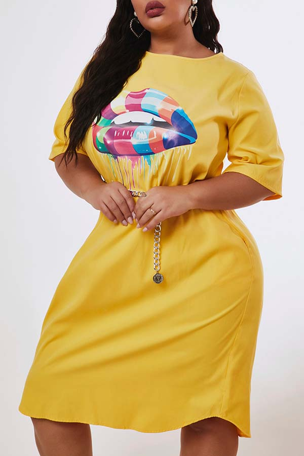 Lovely Casual Lip Print Yellow Knee Length Plus Size Dress