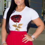 Lovely Casual Rose Sequined White T-shirt