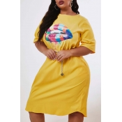 Lovely Casual Lip Print Yellow Knee Length Plus Si