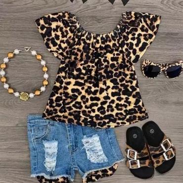 Lovely Stylish Leopard Print Girl Two-piece Shorts Set
