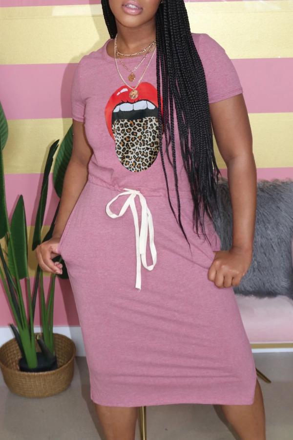 Lovely Leisure O Neck Lip Print Pink Knee Length Dress