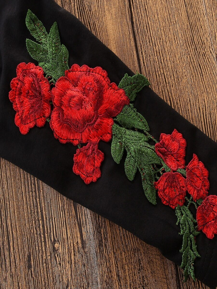 Lovely Sportswear Hooded Collar Rose Print Black G