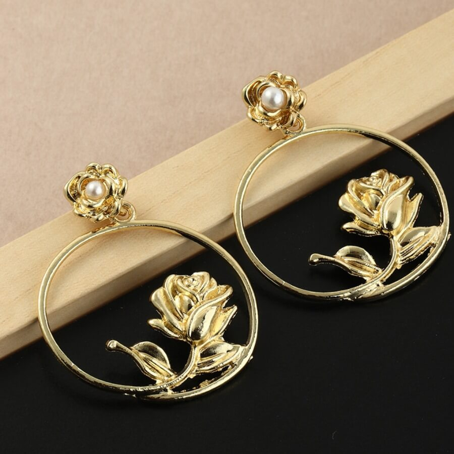 Lovely Trendy Hollow-out Gold Earring