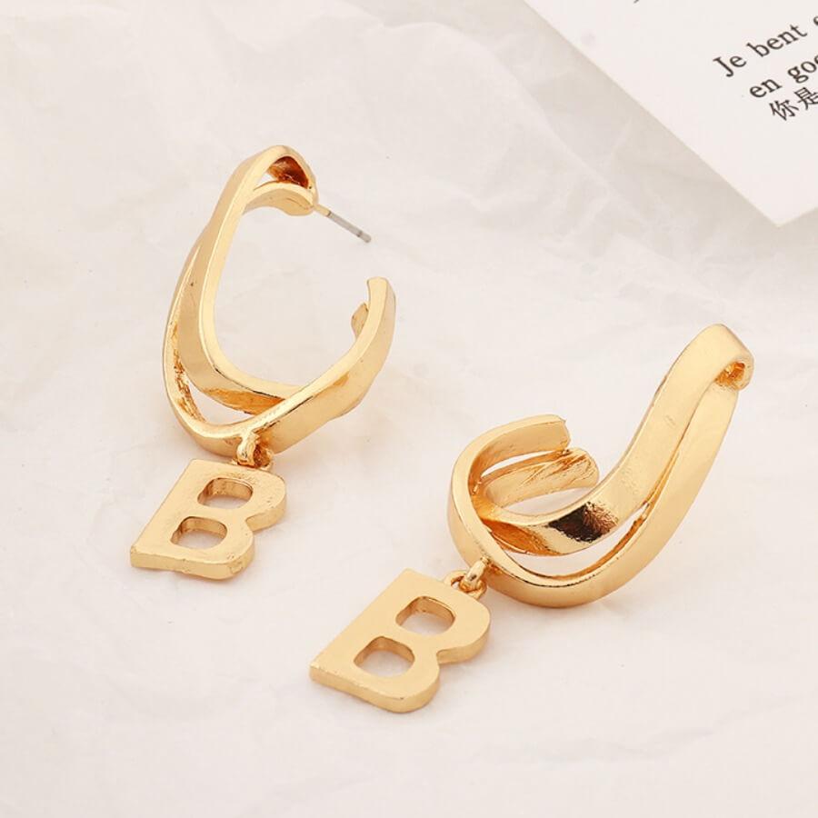 Lovely Letter Hollow-out Design Gold Earring